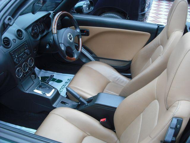 自動車のレザーシート