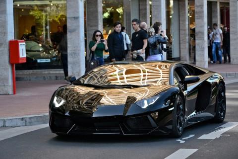 車好きのワイ ランボルギーニを羨ましがってる人の気持ちがわからないんだがお前らはどうよ?