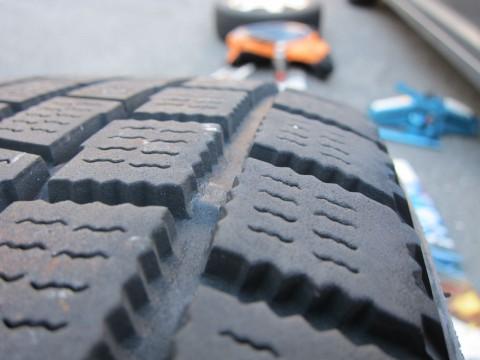 【画像】タイヤの交換ってどう判断したらいいの?詳しいひと教えてください!!