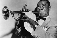 louis-trumpet-arm-trumpeter-musician-jazz-strong_121-63212