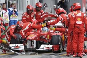 F1のタイヤ交換ってすごい早いけどチートでも使ってんのかなwwwww