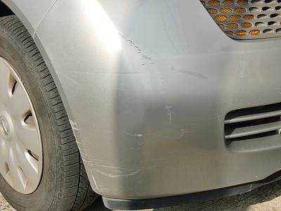 友人に車貸したら傷だらけで返ってきたんだが・・・