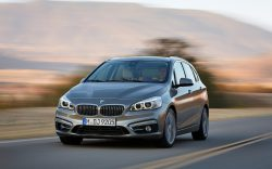 BMWの激安FF車「2シリーズアクティブ ツアラー」が完全にダサい件