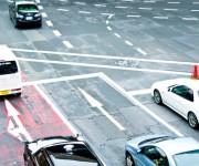 自動車とバイクの右直事故のドラレコが話題に・・・これは仕方ないだろ・・・